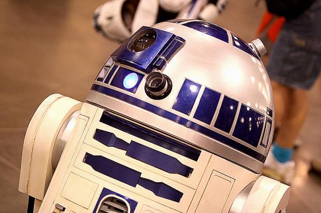 R2-D2_(7271128422)